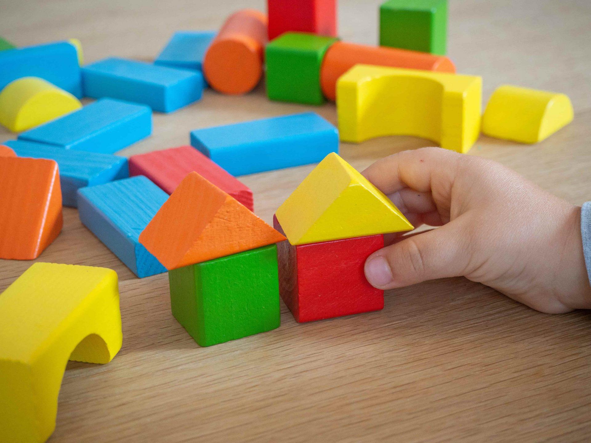 Je kind vermaken? Educatief speelgoed is de oplossing